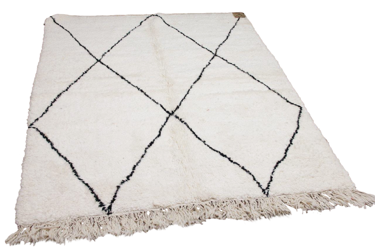 Beni ouarain nr.10901 235cm x 155cm (kleed heeft een vlek)