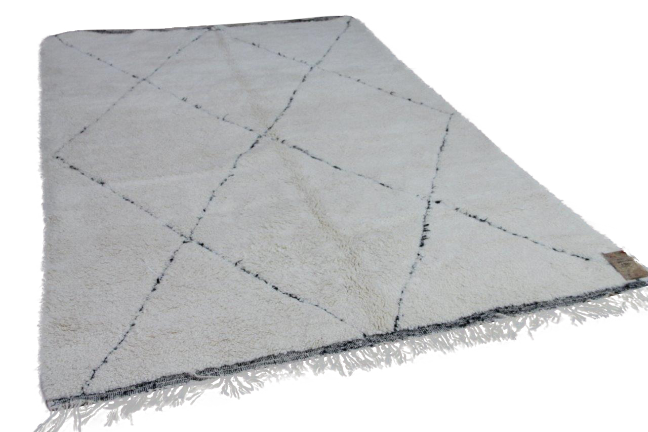 Beni ouarain hoogpolig vloerkleed uit Marokko 17480 306cm x 200cm