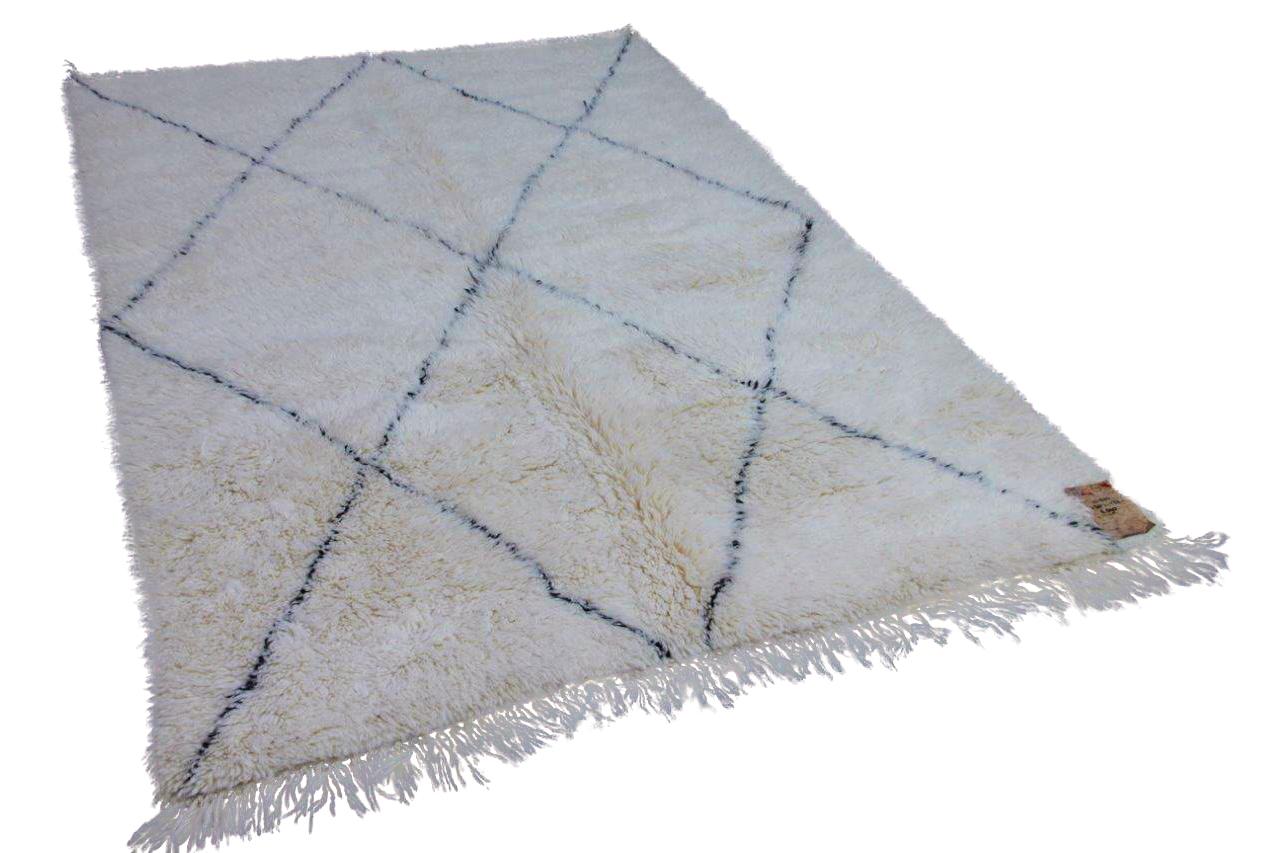 Beni ouarain hoogpolig vloerkleed uit Marokko 41620 250cm x 172cm