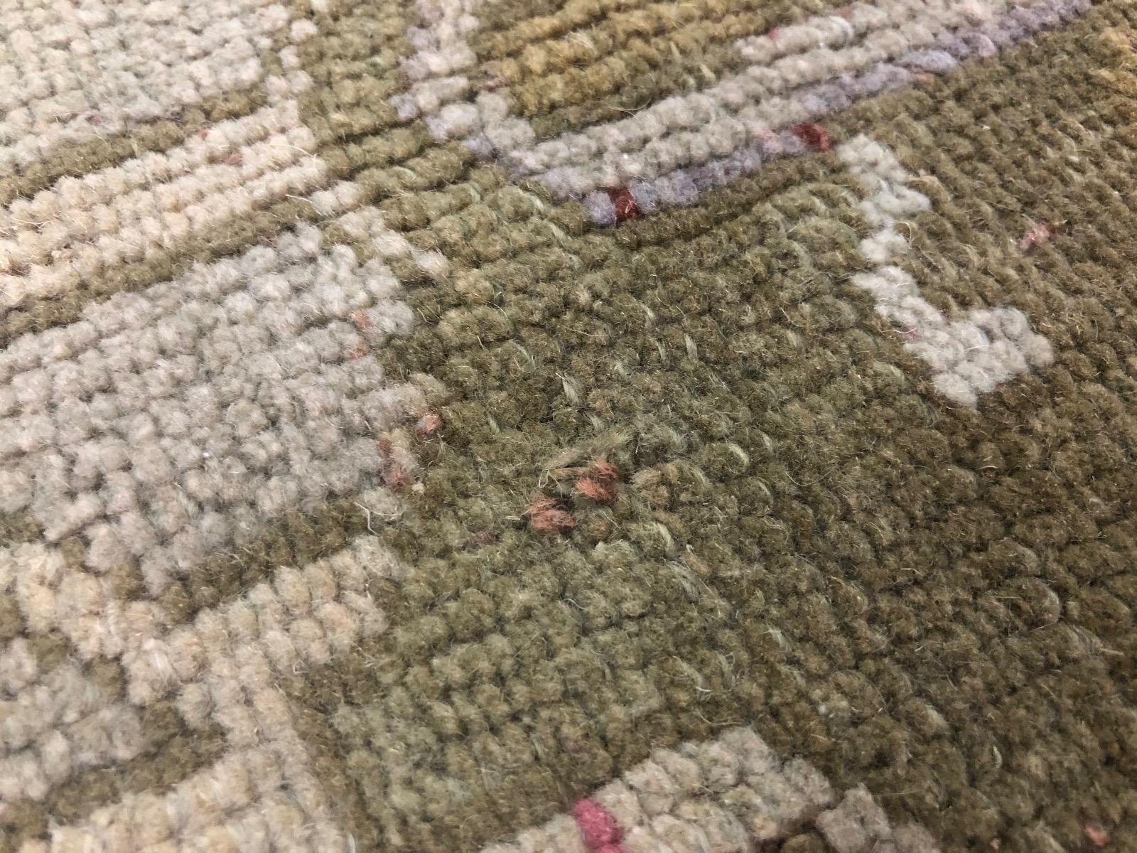 Vintage vloerkleed nr.56250 225cm x 127cm (kleed heeft een klein gaatje, zie foto's)